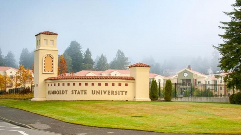Picture of the Southern entrance sign to Humboldt State University